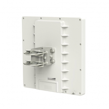 MikroTik RouterBoard QRT 5 (RouterOS Level 4) with Integrated 5Ghz High Power Flat Panel Antenna